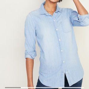 GAP Classic Blue Chambray Button Down Shirt XS